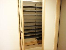 closet6.jpg