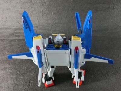 HGUC-SUPER-GUNDAM-0179.jpg