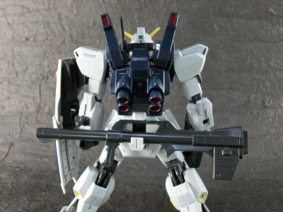HGUC-SUPER-GUNDAM-0505.jpg