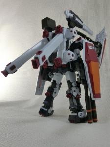 MG-FULL-ARMOR-GUNDAM-TB-VerKa0452.jpg