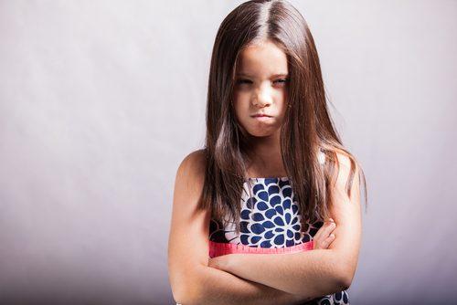 「親がキラキラネームを子どもにつけることについて、どう思いますか?」というアンケートに対して、なんと64.6%の人が「良くないと思うし、当然自分の子どもにもつけたくない」という回答