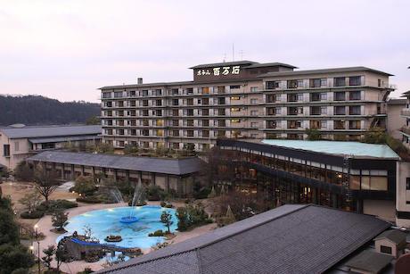 ホテル百万石