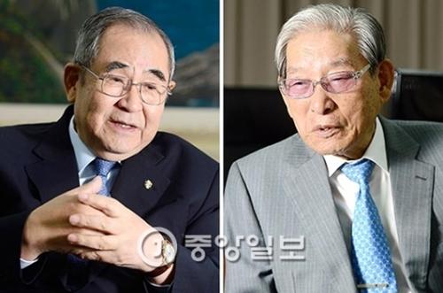 李壽成(イ・スソン)新任理事長(写真左)と財団設立者の李鍾煥(イ・ジョンファン)名誉会長