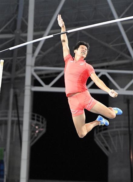 男子棒高跳び予選 5メートル60を3回失敗した荻田大樹
