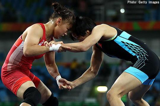 登坂 銀メダル以上が確定 レスリング女子48キロ級