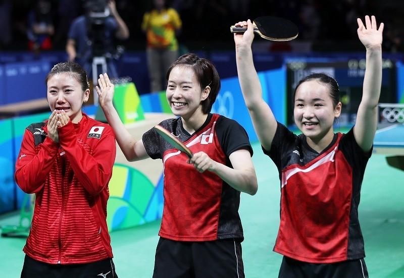 <五輪卓球>日本の3人娘、粘った「銅」
