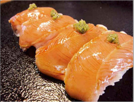 鶏むね肉のたたき寿司