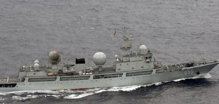 中国海軍情報収集艦ドンディアオ級情報収集艦 日本領海に一時侵入