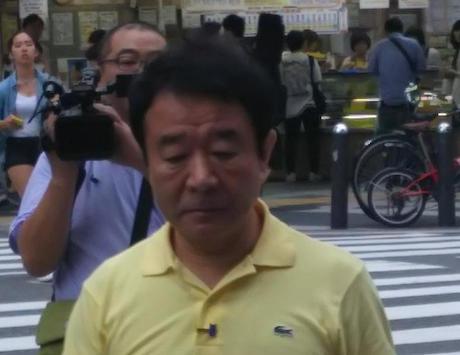 青山繁晴氏の選挙カー、やらかしてしまう