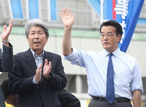 東京都知事選 岡田民進党代表「望んだわけではないが…」 鳥越候補との応援演説に