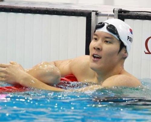 ドーピングが出来ず予選落ちが続いていた韓国競泳の朴泰桓、1500m出場を放棄し帰国 … 北京五輪で金メダル→ ドーピング発覚→ 「もう1度だけチャンスをくれ」と土下座しながらゴネてリオ五輪出場