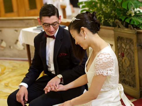 宇多田ヒカルが日本に再び移住しイタリア人夫と離婚か