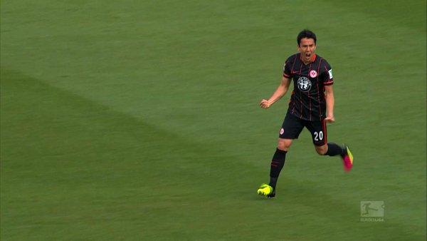 Makoto Hasebe scores deflected goal for Frankfurt