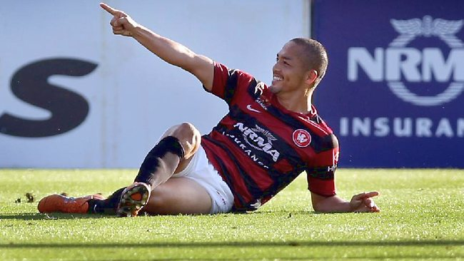 Western Sydney Wanderers midfielder Shinji Ono celebrates his stunning first goal against Melbourne Victory