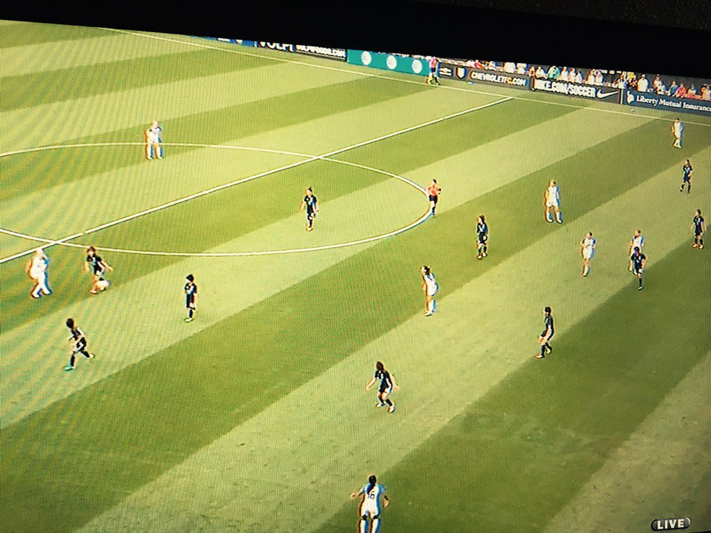 A hint of Dunn possibly being offside in the buildup to #USWNTs second goal