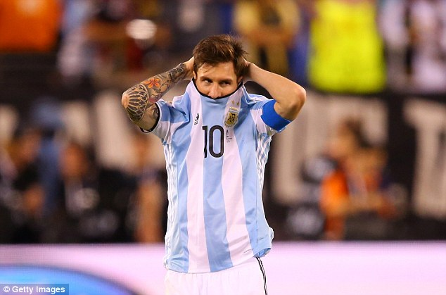 Lionel Messi was in tears after Argentina were beaten by Chile in Sundays Copa America final