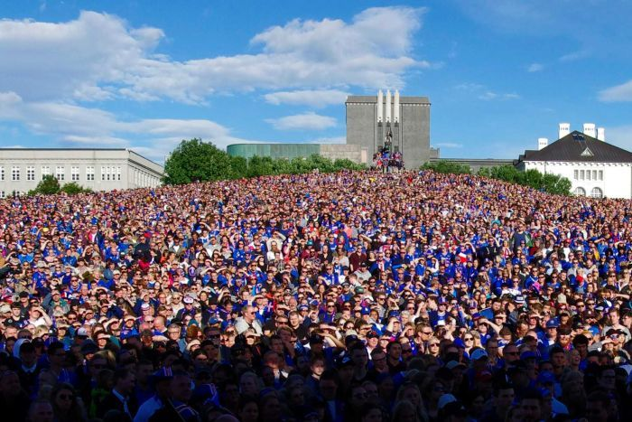 10 percent of Icelands population welcome the soccer team back to Reykjavik