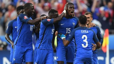 France smash five past Iceland