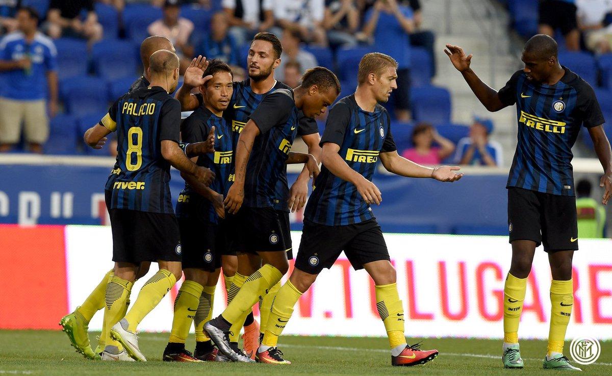 Inter pareggia 1-1 in amichevole contro l#Estudiantes, a segno nel primo tempo Nagatomo e Desábato #InterELP