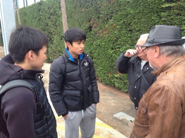 Emotiva visita a la Ciutat Esportiva del Barça Take ha vingut a veure els seus excompanys del Cadet B