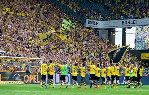 Borussia Dortmund ist mit einem Sieg in die Saison 2016_17
