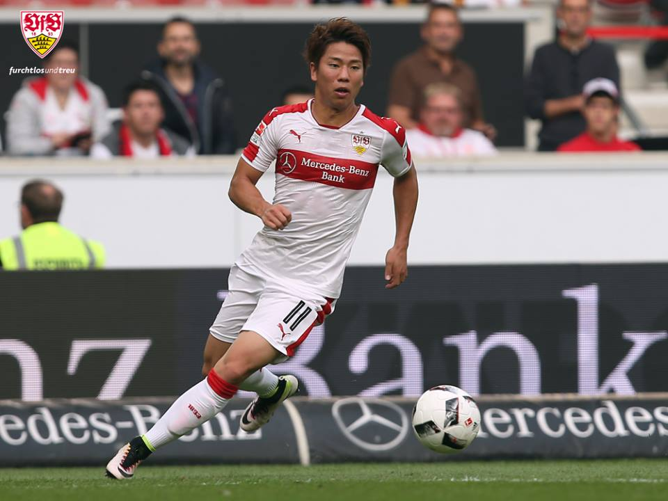 asano takuma first assist for Stuttgart