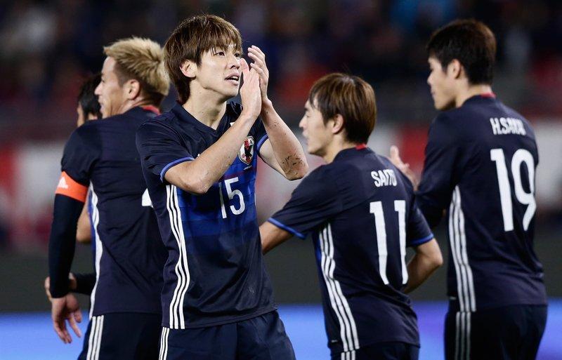 Japón 4 (Osako 2, Kiyotake, Kobayashi) Omán 0