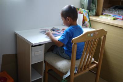ヒロ君の机