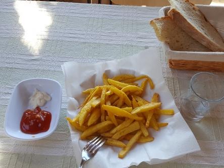 フライドポテト定食