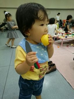 こばぶ包丁と果実