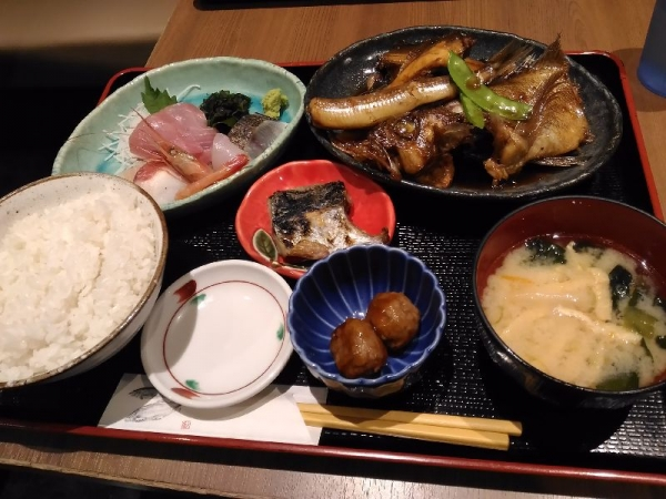 KanazawaSakanaya_005_org.jpg