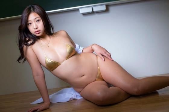 佐山彩香 恋のガイダンスのFカップ谷間と巨尻キャプ 画像57枚 4