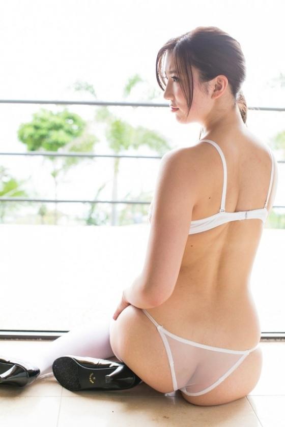 松嶋えいみ ミルキー・グラマーのFカップ谷間&巨尻キャプ 画像43枚 3