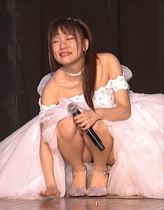 高橋みなみ 卒業公演で涙のパンチラキャプ 画像20枚 16
