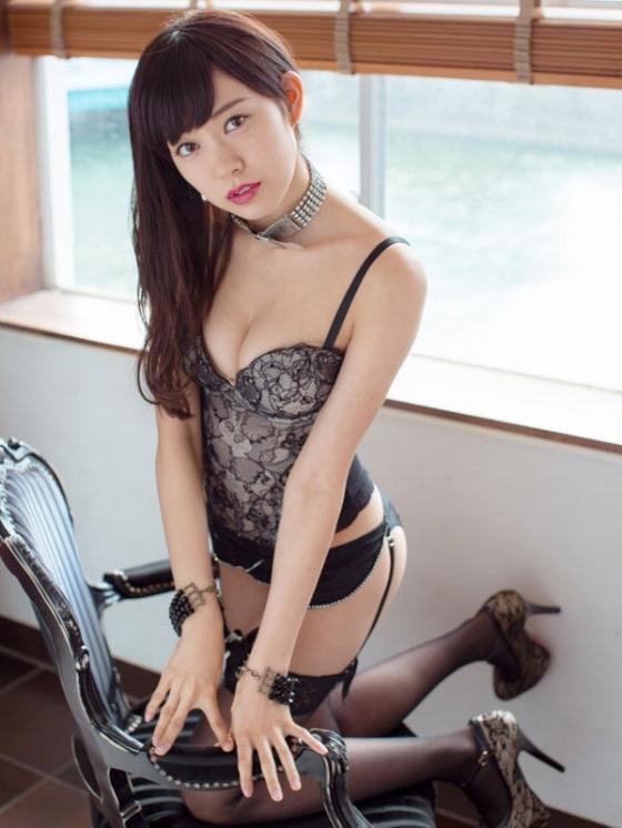 渡辺美優紀 卒業を惜しみたくなる水着&下着姿グラビア 画像47枚 25