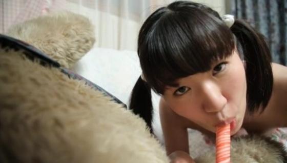 涼乃はる 解禁美少女のパイパン股間食い込みヌードキャプ 画像27枚 23