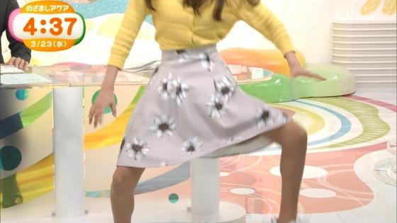 岡副麻希 黒い桐谷美玲めざましテレビのパンチラ寸前大開脚キャプ 画像20枚 2
