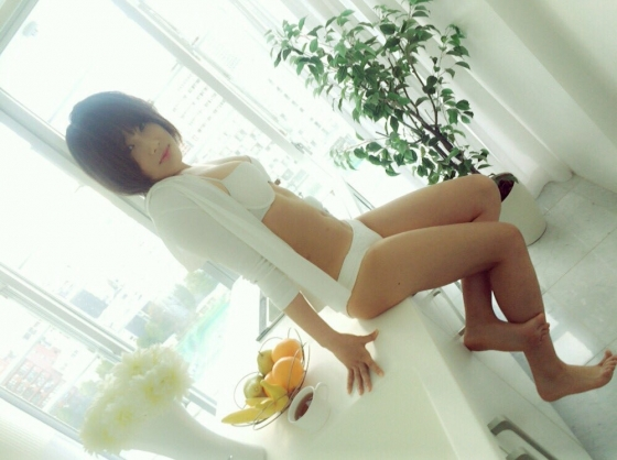 城恵里子 復帰したNMB48幻のセンターのEカップ水着グラビア 画像26枚 16