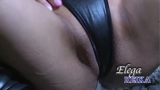 REIKA エレガのレースクイーン仕込みな股間食い込みキャプ 画像37枚 36