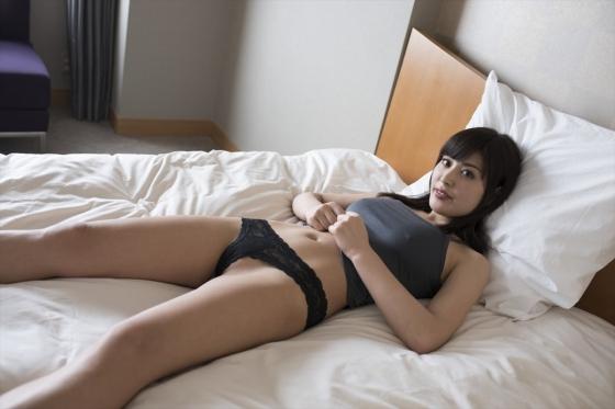 金子智美 溢れるキモチの乳首ポチ&股間食い込みキャプ 画像49枚 1