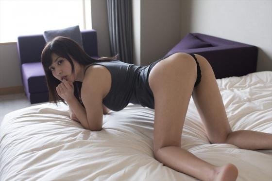 金子智美 溢れるキモチの乳首ポチ&股間食い込みキャプ 画像49枚 2
