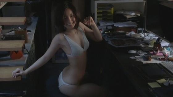 小池里奈 Rina Parisの下着姿美尻キャプ 画像30枚 24
