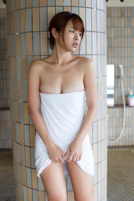 田所ミカ どっちにするののFカップ巨乳谷間&下乳キャプ 画像42枚 38