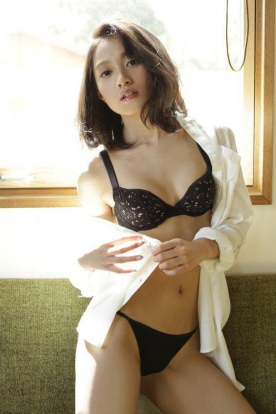 武田あやな 週プレのBカップ水着谷間&お尻グラビア 画像24枚 11