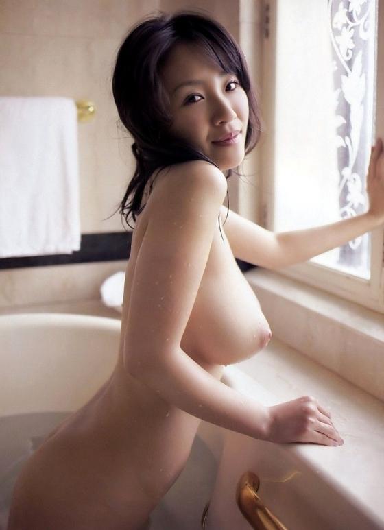 神楽坂恵 Iカップ爆乳も陰毛も披露する女優のヘアヌード 画像27枚 2