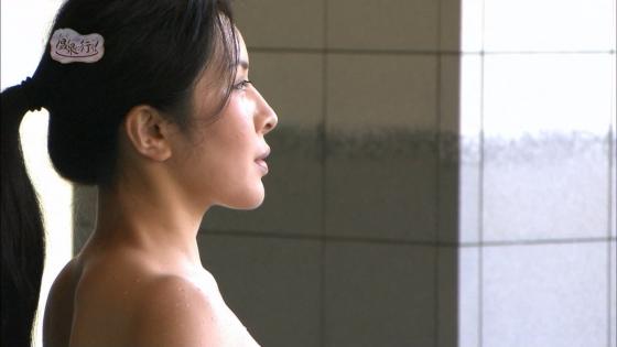 上杉智世 もっと温泉に行こう!のセミヌードお尻の割れ目キャプ 画像66枚 21