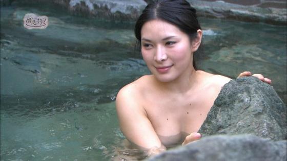 上杉智世 もっと温泉に行こう!のセミヌードお尻の割れ目キャプ 画像66枚 27