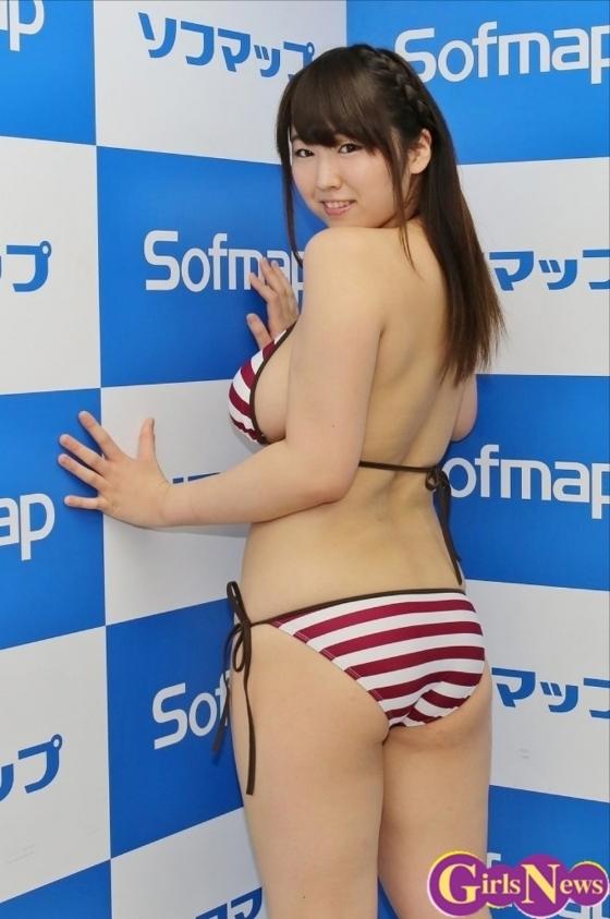 松本菜奈実 100cmオーバーなIカップ爆乳の存在感 画像29枚 29