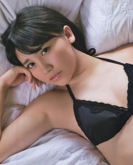 小嶋真子 たぬき顔が可愛いBカップ水着グラビア 画像26枚 6