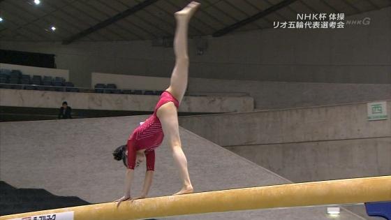 女子体操選手 筋肉とパンティラインキャプ 画像32枚 28